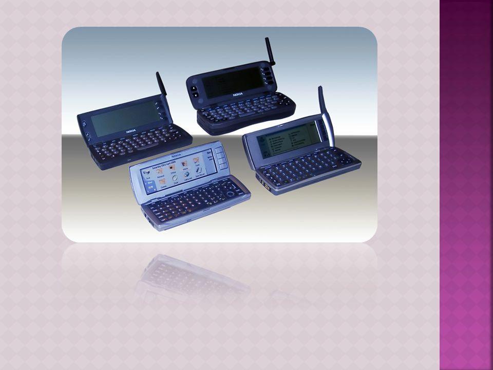  Τα smartphones είναι high-end κινητά τηλέφωνα χτισμένα σε μια φορητή υπολογιστική πλατφόρμα, με την πιο προηγμένη υπολογιστικ ή ικανότητα και δυνατότ ητα σύνδεσης από ένα σύγχρονο τηλέφωνο χαρακτηριστικό.