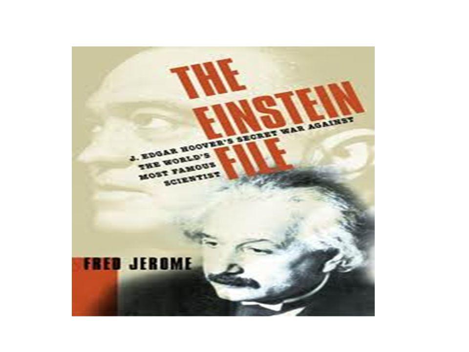 Αινστάιν στο Ινστιτούτο προχωρημένων σπουδών του PRINCETON Το νέο μέρος εργασίας του ηταν το Ινστιτούτο προχωρημενων σπουδών, στο οποιο και εμεινε μεχρι το τέλος της ζώης του.Η φημη του ινστιτούτου μεγάλωνε,καθώς διωγμένοι επιστήμονες απο τη Γερμανία εγκαταστάθηκαν σε αυτό.Το αποτέλεσμα ήταν το Ινστιτούτο να γινει το πιο διάσημο κεντρο ερευνών παγκοσμίως και να φιλοξενισει ένα μεγάλο αριθμό επιστημόνων κατόχων του βραβείου Νόμπελ.