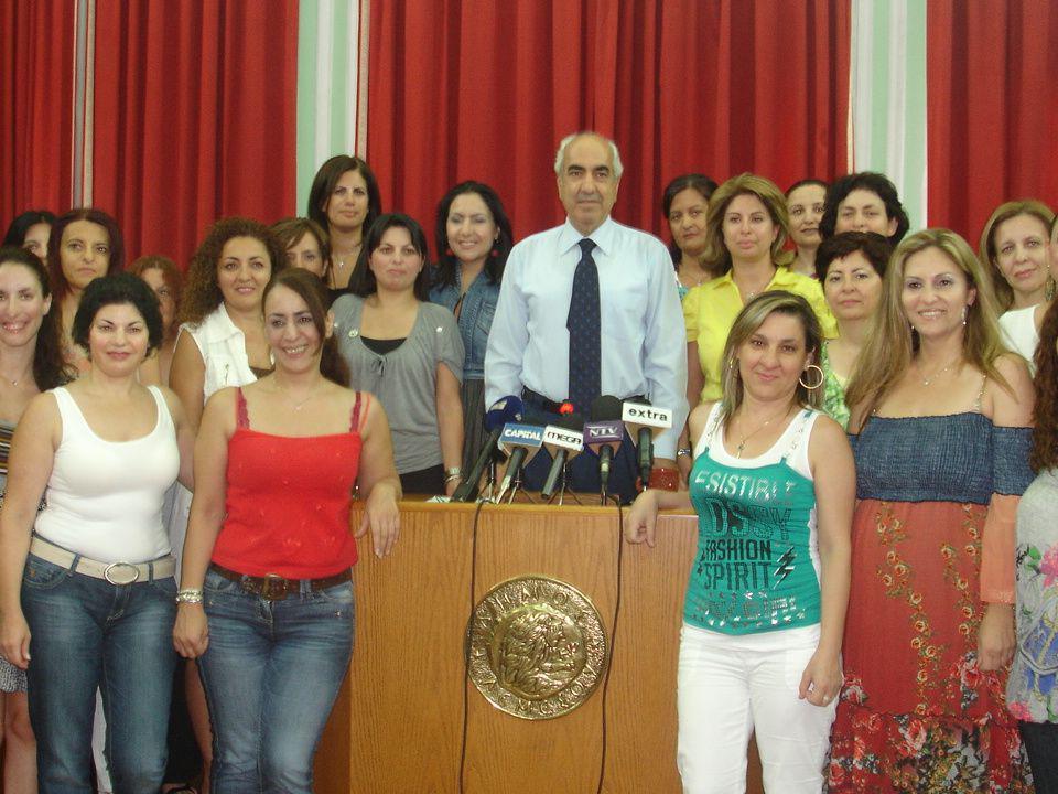 Σας ευχαριστώ Εύη Τσολάκη Δικηγόρος Πρόεδρος της Επιτροπής Κοινωνικής Πρόνοιας του Δήμου Λεμεσού