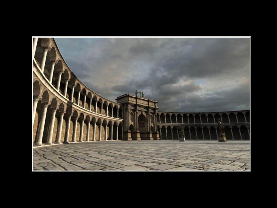 Στο κέντρο της πλατείας υπήρχε στήλη, στην κορυφή της οποίας υπήρχε άγαλμα του αυτοκράτορα.